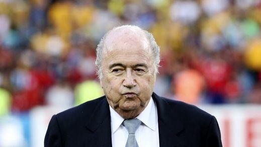 ¿Adiós a Blatter? Suspenden de manera provisional al presidente de la FIFA