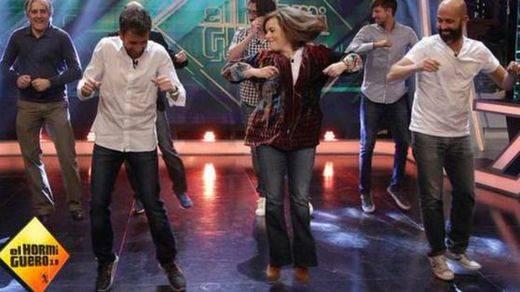Los 'memes' del baile de Soraya Sáenz en 'El Hormiguero' conquistan Twitter