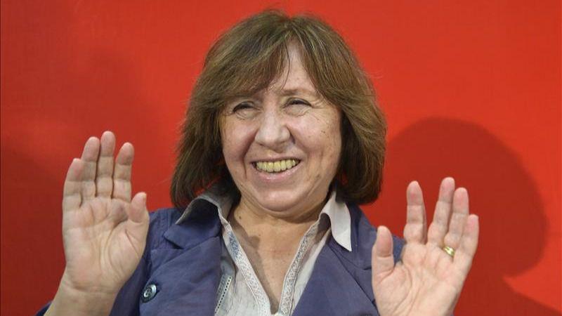 El periodismo se lleva su Nobel de Literatura: gana la bielorrusa Svetlana Alexijevich