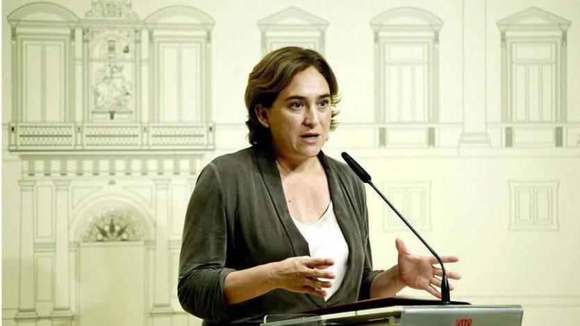 Ada Colau se avergüenza del Estado por celebrar 'un genocidio' el 12-O