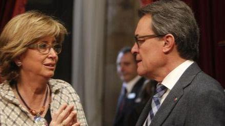 Mas declarará este jueves por el 9-N rodeado por 400 alcaldes catalanes