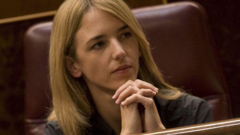 Diputados populares increpan a Cayetana Álvarez de Toledo por decir que no se presenta con Rajoy de candidato