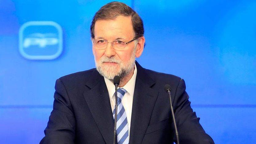 Rajoy, de nuevo apagando fuegos internos en el PP en plena 'guerra de ministros'