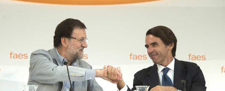 Aznar y el rayo que no cesa contra Rajoy: FAES insiste en la debacle electoral que le espera al PP