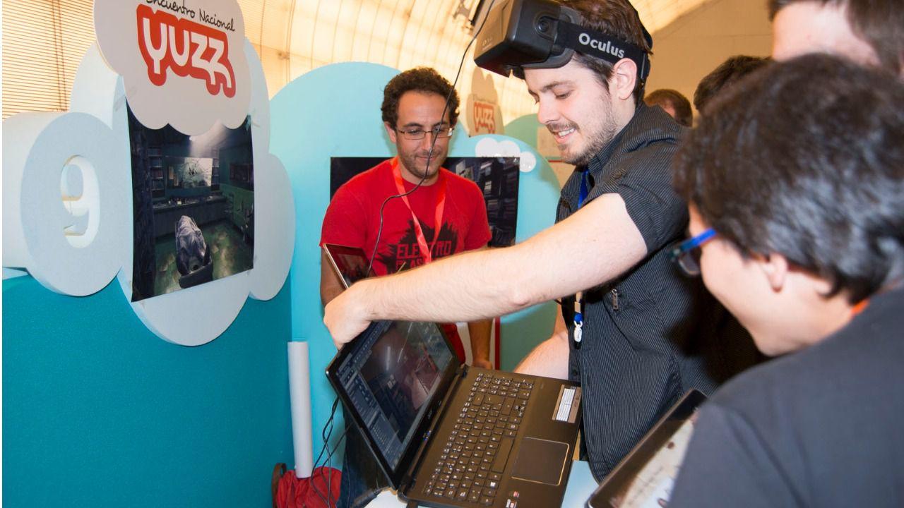 El programa YUZZ para jóvenes emprendedores abre su VII edición con centros en todo el país