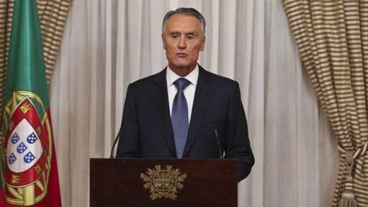 Cavaco Silva rechaza el pacto de la izquierda y encarga a Passos Coelho formar gobierno en Portugal