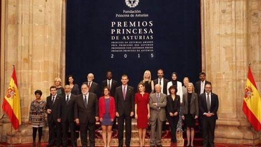 El Rey pide evitar lo que nos 'separa y debilita' en los Premios Princesa de Asturias