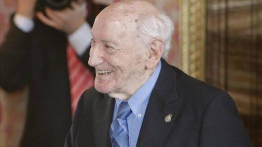Fallece el poeta asturiano Carlos Bousoño, miembro de la RAE