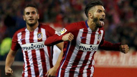 El Atlético no remata al Valencia y sufre al final (2-1)