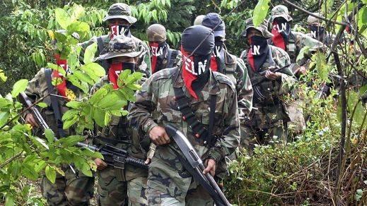 La paz en Colombia se vuelve a tambalear: el Ejército de Liberación Nacional provoca 12 muertos en un ataque
