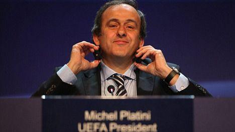 Platini ya es aspirante oficial a presidir la FIFA, a pesar de estar suspendido por 'su' UEFA