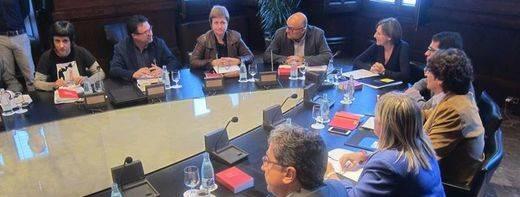 Los soberanistas retrasan por unos días su resolución para la independencia de Cataluña