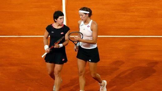 Muguruza y Suárez se cuelan en las semifinales tras vencer a las hermanas Chan
