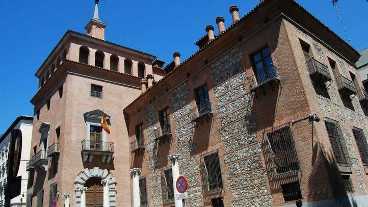 El Ministerio de Educación, la misteriosa Casa de las siete chimeneas