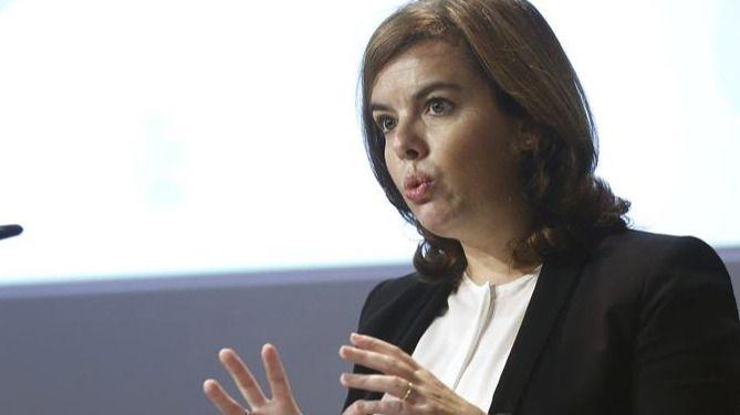 Sáenz de Santamaría coordina la respuesta desde el Congreso al desafío independentista