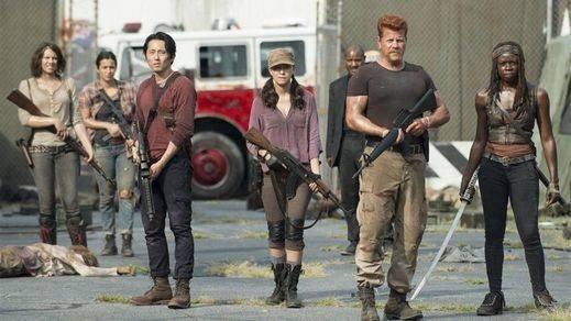 Quién creíamos muerto en 'The Walking Dead' podría estar muy vivo gracias a fotos filtradas del rodaje (spoiler)