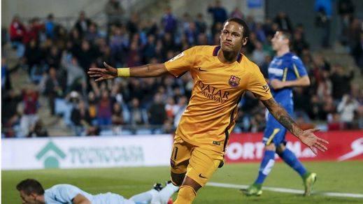 Madrid y Barça no ceden y vencen fácil a Las Palmas y Getafe