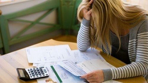 Las deudas de las familias con la banca sólo descienden un 0,29% en septiembre