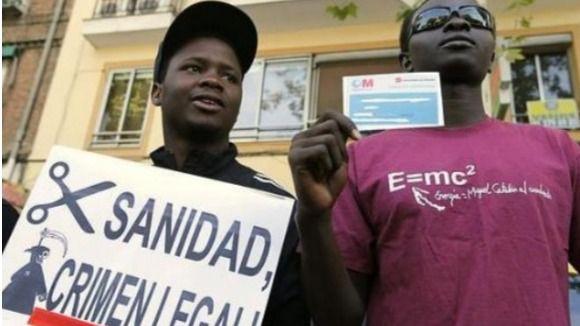 El Constitucional suspende la ley de sanidad universal para inmigrantes de la Comunidad Valenciana