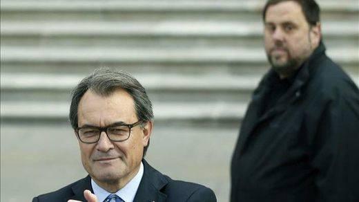 Cataluña afronta el inicio de independencia antes de que se debata la investidura de Mas