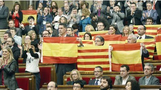 Los grupos independentistas de Cataluña inician la 'ruptura definitiva' con España