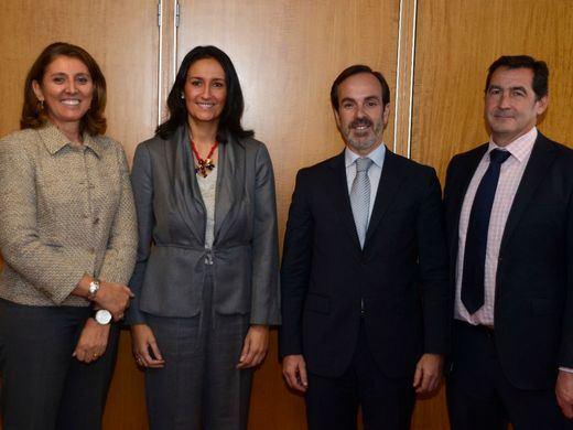 FIAB, MINETUR y Banco Santander lanzan un programa para el crecimiento y la competitividad de las pymes de la industria alimentaria