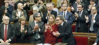El Gobierno catalán pasa del Constitucional: aplicará la resolución independentista