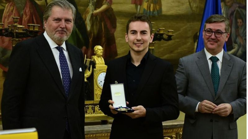 Otra medalla de oro para Jorge Lorenzo: la del Mérito Deportivo