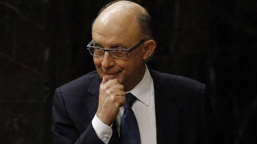 La Autoridad Fiscal se posiciona contra Montoro: recurrirá una orden suya ante la Audiencia Nacional