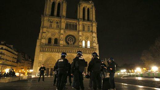 Francia no rebaja la alerta: