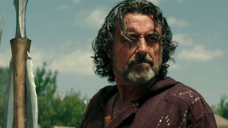 Ian McShane, fichaje fugaz de 'Juego de Tronos', revela el regreso de un personaje... muerto (spoiler)