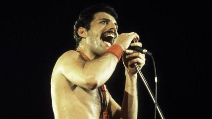 5 Temas Que Resumen La Vida De Freddie Mercury Diariocrítico Com