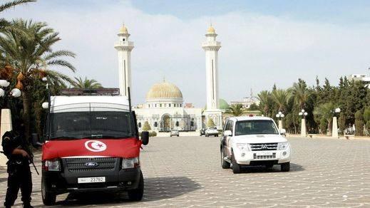 Atentado en Túnez: más de una decena de muertos y el aeropuerto internacional, cerrado