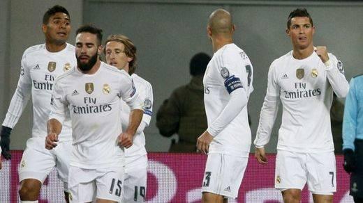 El Madrid salva otra crisis por poco: del 0-4 a pedir la hora con el Shakhtar, que acosó hasta el 3-4