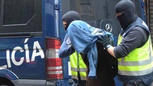 Detenidos en Barcelona y Granollers tres miembros de una red de captación de yihadistas