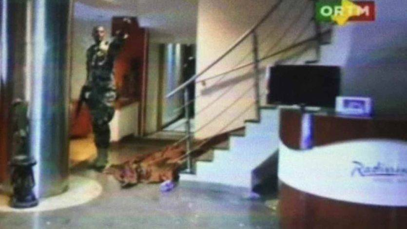 Imagen del asalto al hotel Radisson de Bamako.