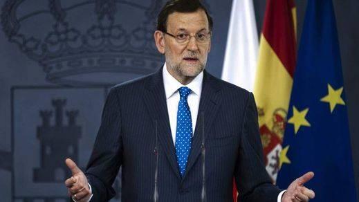 Rajoy concreta su rebaja de impuestos: bajará el tipo marginal mínimo del IRPF del 24 al 17% y el máximo del 45 al 43%