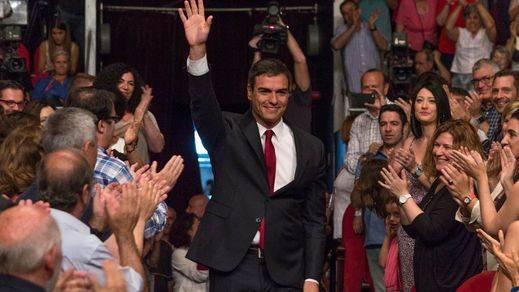 El líder del PSOE promete que lo primero será impulsar la reforma de la Constitución y luchar contra la violencia de género