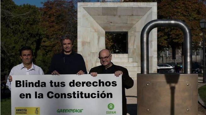 Día de los Derechos Humanos: su blindaje, una asignatura pendiente en España