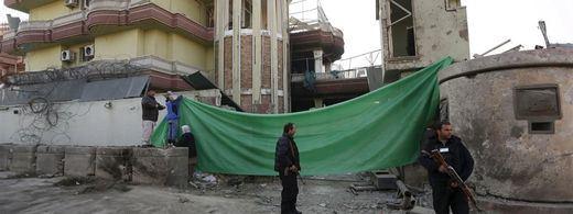 >> Muere un segundo policía español en el atentado junto a nuestra embajada en Kabul