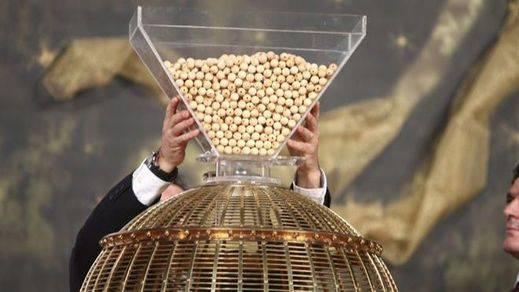 ¿Qué probabilidad tiene de que le toque algún premio en la Lotería de Navidad?: en torno al 1%
