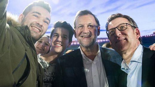 Rajoy, mártir en plena campaña electoral: ¿le beneficiará en votos la agresión sufrida?