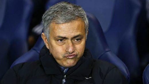 A Mourinho se le acaba el crédito: abandona el Chelsea 4 meses después de renovar