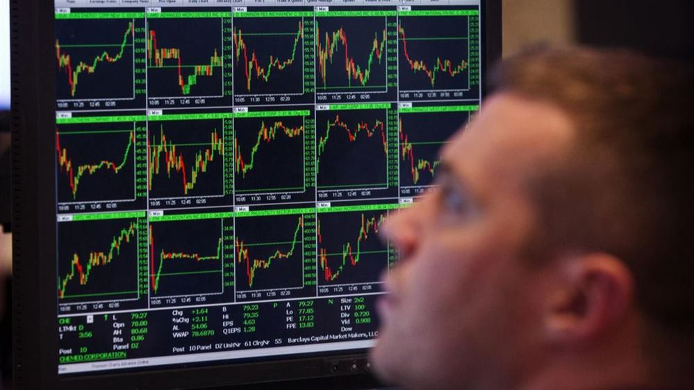 A la Bolsa no le gusta los resultados y la prima de riesgo se dispara ante la inestabilidad política