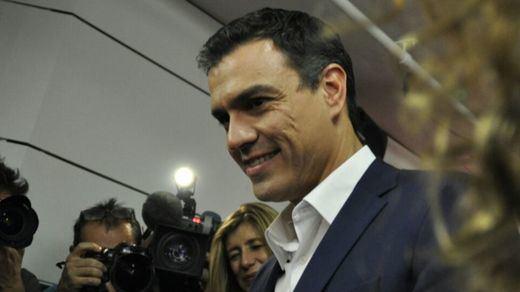 Pedro Sánchez se resiste como gato panza arriba: se presentará a la reelección como líder del PSOE