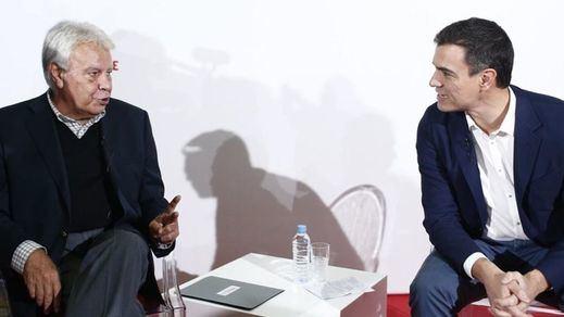 Felipe González intentó convencer a Sánchez de que no pacte con Podemos
