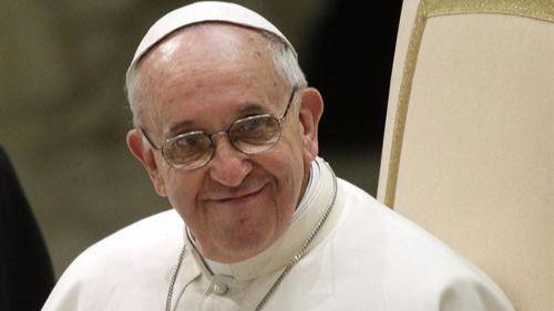 El Papa pide en Navidad misericordia a una sociedad
