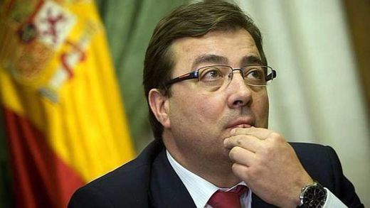 A Fernández Vara le cuadran las cuentas: PSOE + PODEMOS + C'S = pacto de Gobierno
