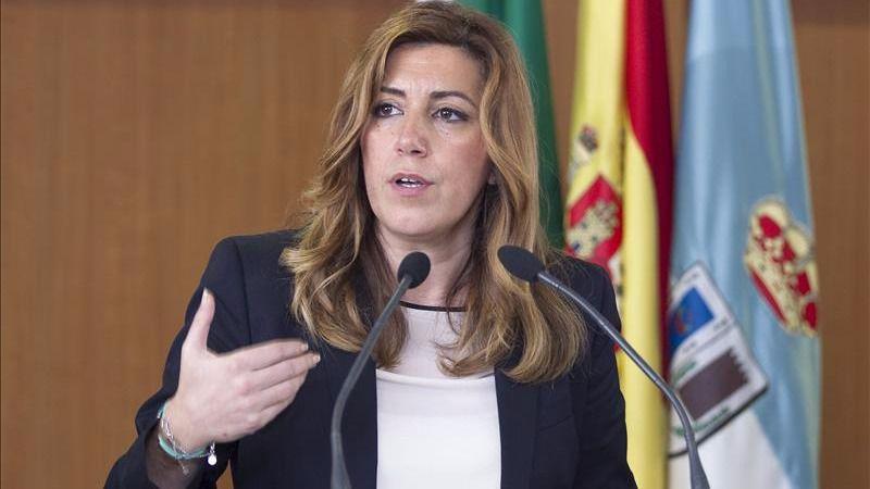 Susana Díaz responde a Iglesias en dos tuits: 'Lecciones ninguna, Iglesias'
