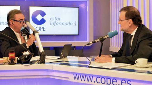 Rajoy confía en el pacto PP-PSOE-C's: